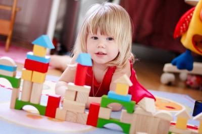 Какие развивающие игрушки выбрать для малыша?